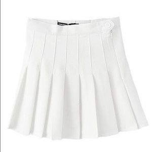 American Apparel white pleated tennis skirt